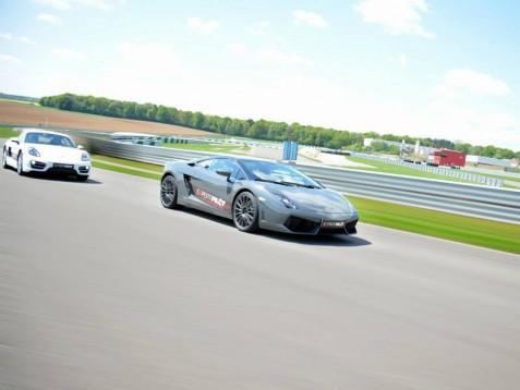 Lamborghini Rijden Op Circuit 4 Rondes